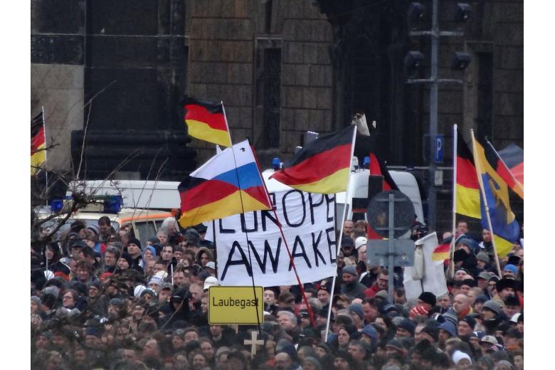Нацизм возвращается в Дрезден фото 1