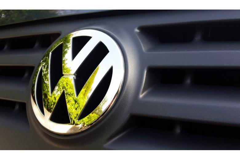 скандал вокруг компании Volkswagen фото