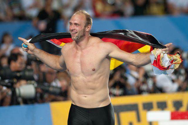 Метатель диска из Германии травмировался перед олимпиадой, выключая ногой свет фото 1