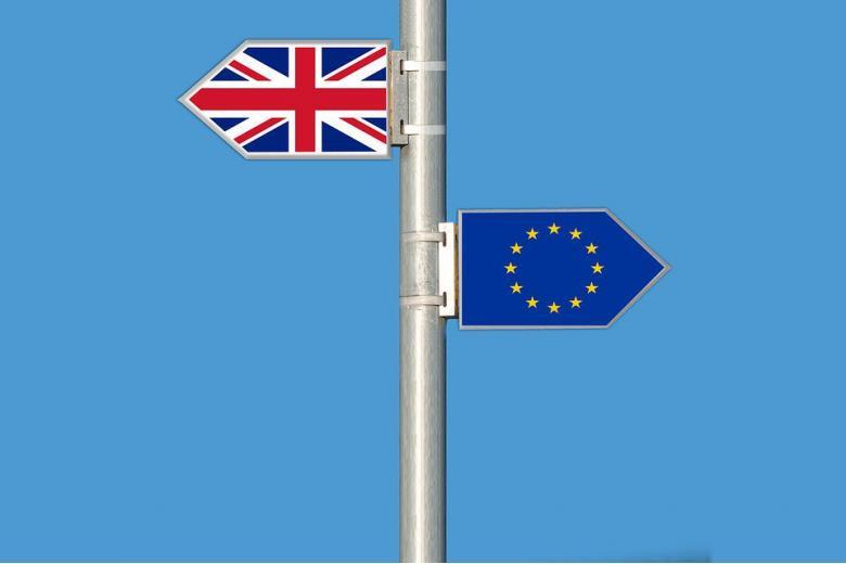 Великобритания вводит визовый режим для граждан ЕС фото 1