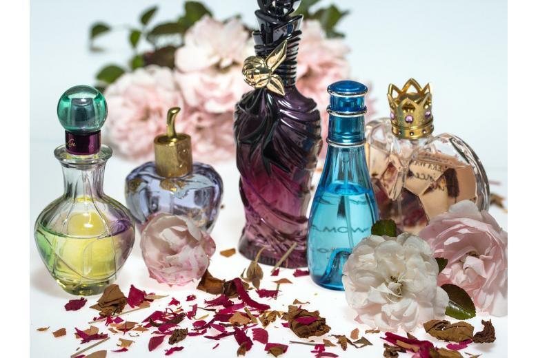 появление парфюмерии фото