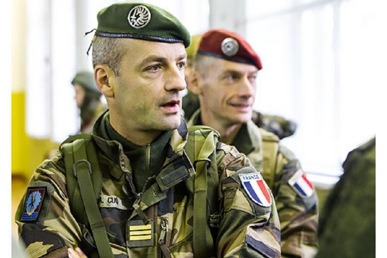 Германия начинает перевооружение французской армии фото 1