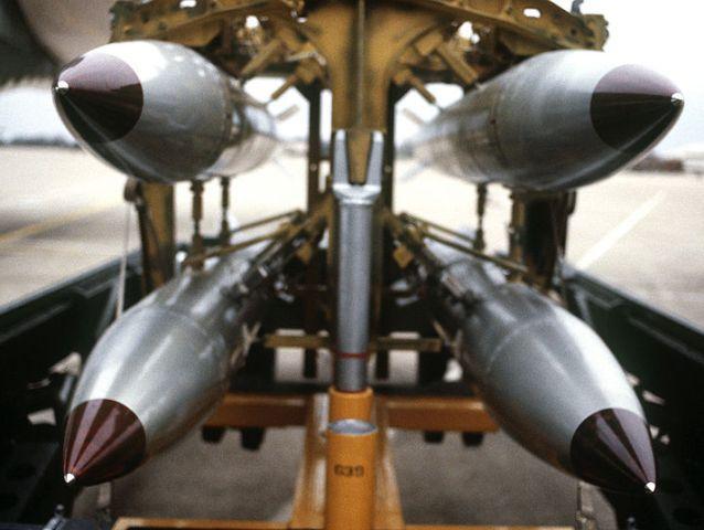 США может завести в Германию атомную бомбу фото 1