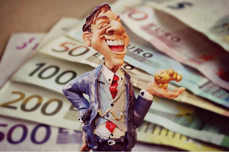 Немку, вернувшую 20 тысяч евро, обсчитали с вознаграждением фото 1