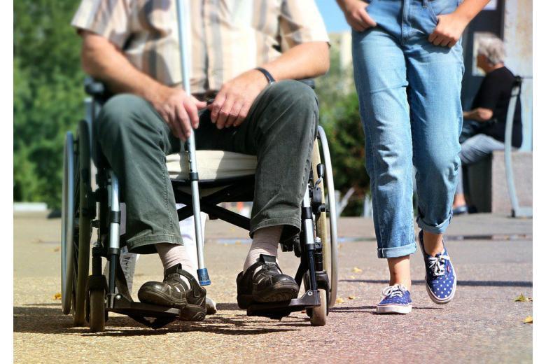 Немецкие  врачи торговали поддельными справками об инвалидности фото 1
