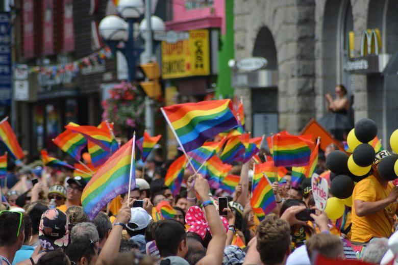 В октябре реабилитируют гомосексуалистов фото 1