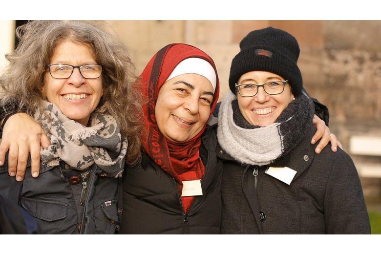 беженцы могут приглашать родственников фото