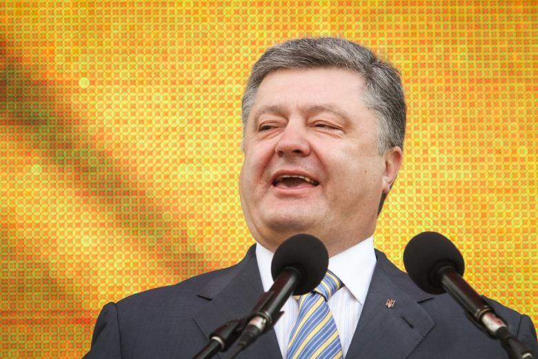 Почему военное положение в Украине не выгодно Порошенко? фото 1