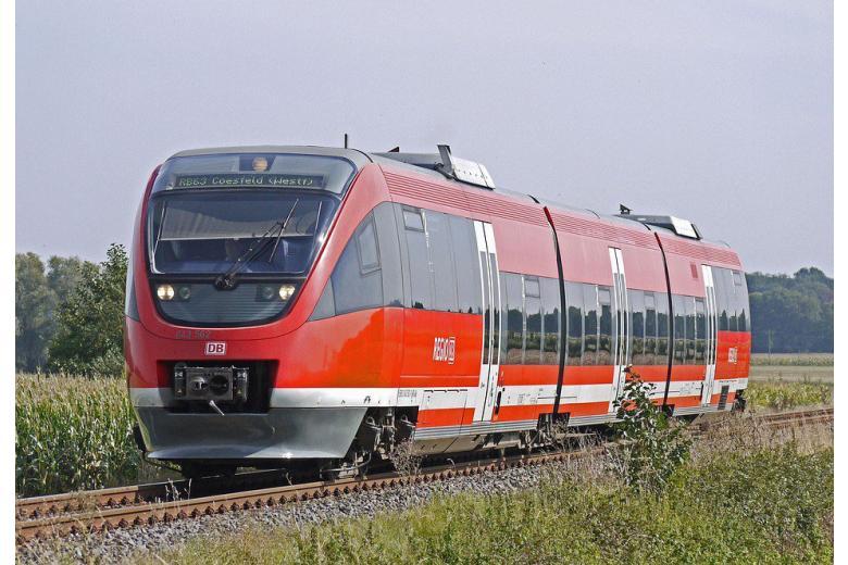 Deutsche Bahn борется с опозданиями поездов, закрывая двери перед пассажирами фото 1