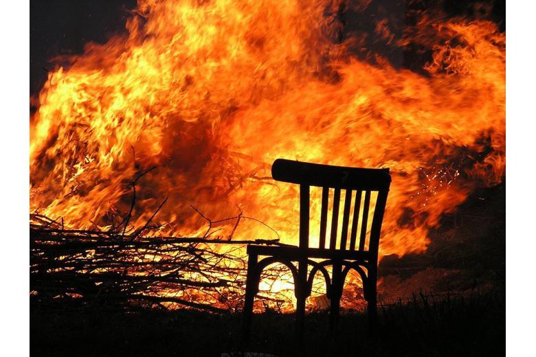 пожар в приюте для беженцев фото