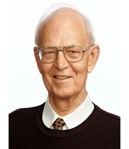 Dr. Sergej Henke