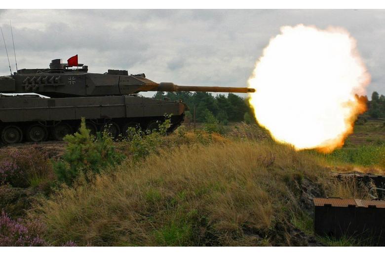 Германия стягивает танки к российской границе фото 1