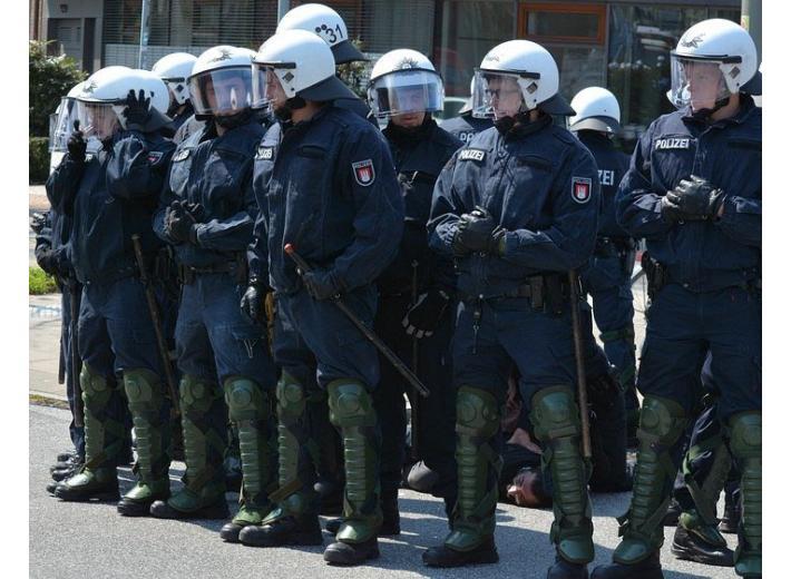 Массовые беспорядки в Майнце фото 1