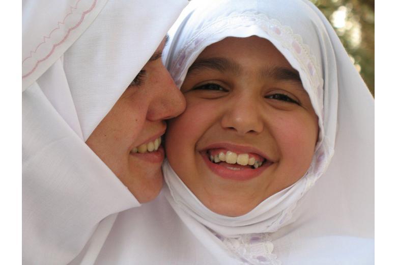 арабские девочки в белых хиджабах фото