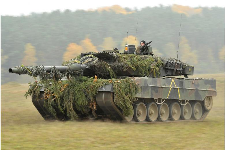 тяжелый танк Leopard-2 на вооружении германии фото