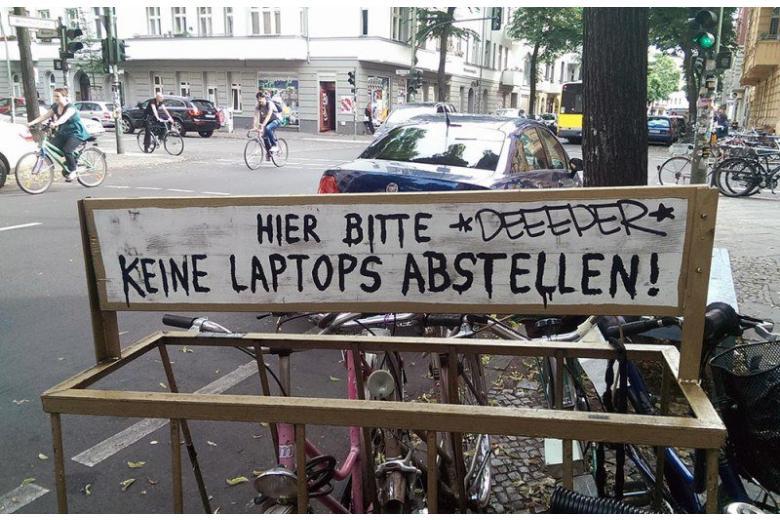 В берлинских кафе объявили войну ноутбукам: как быть? фото 1