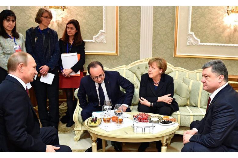 «Нормандская четвёрка» в Берлине: Порошенко будет требовать ликвидации ДНР фото 1